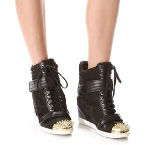 Boutique 9 Nevan Black Wedge Leather Sneakers 8.5